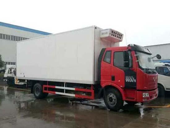 解放J6F 5.2米冷藏车