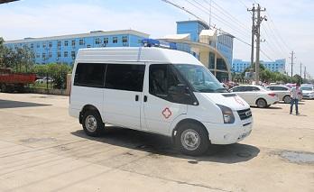 程力威牌CLW5040XJHJ5型救护车