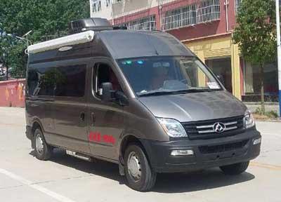 程力威牌CLW5046XLJS5型旅居车